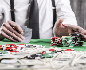 Hold 'Em or Fold 'Em_When to Call Copy Finished